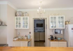 Azalea Cedar Rose Villa Kitchen